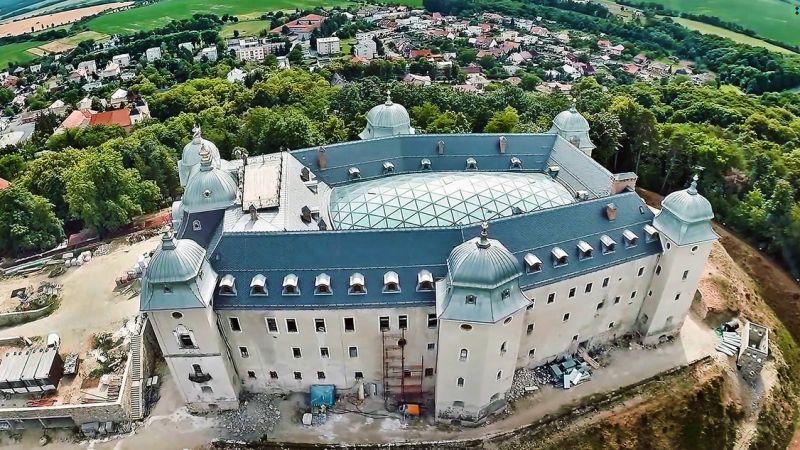 Krásne a netradičné kaštiele na strednom Slovensku, ktoré stoja za pozornosť
