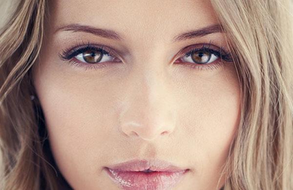 Ako si rozžiariť oči líčením ? Tu je zopár tipov