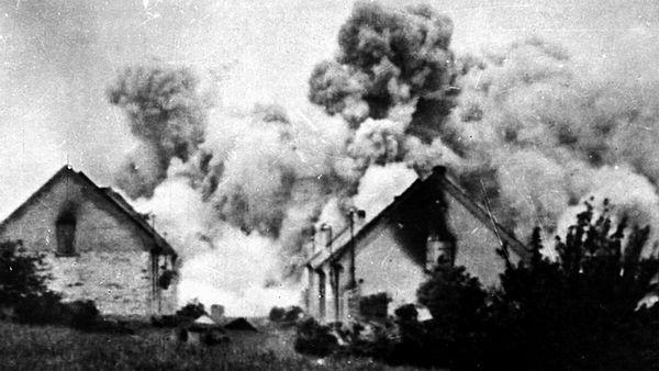 Historický kalendár: Základný kameň Karlštejnu či vypálenie Lidíc. Čím je slávny 10. jún?