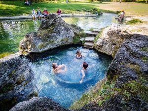Najlepšie miesta na okúpanie sa zadarmo na Slovensku. Tak nech sa páči.