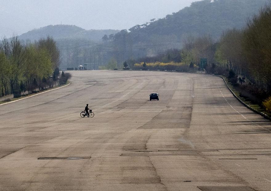 Diaľnice v Severnej Kórei alebo jazda s pocitom samoty
