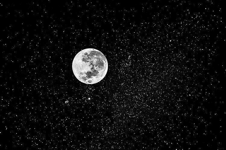 Japonci objavili pod povrchom Mesiaca obrovský tunel. Senzačný nález by mohol výrazne pomôcť astronautom