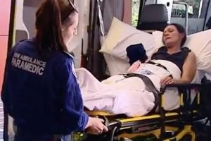 Boj o prežitie: Celebrita zachránila matku so synom pred istou smrťou