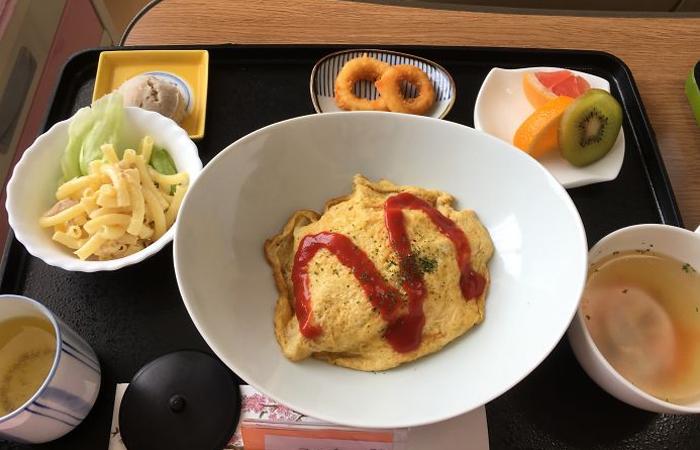 Skoro ako na Slovensku…Dvanásť úžasných jedál z japonskej nemocnice