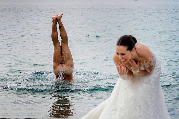 Najzábavnejšie svadobné fotografie vás privodia záchvat smiechu