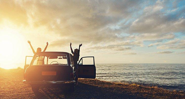 Máte pred sebou dlhú cestu autom ? Najlepšie tipy ako prežiť cestovanie