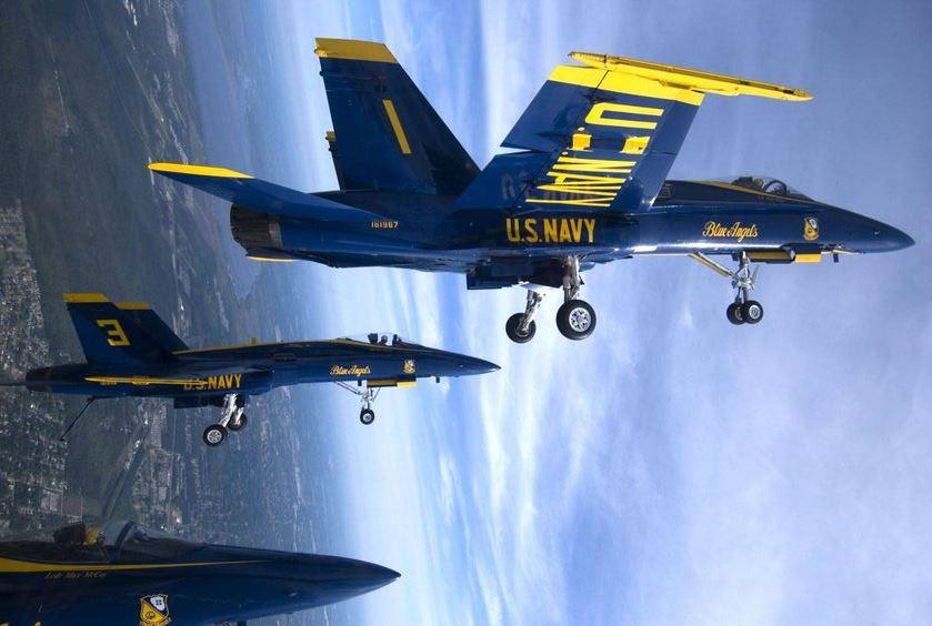 Obscénny odkaz z nebeských výšin: Americkí letci pobúrili verejnosť . Je to znak ich špičkovej schopnosti lietať alebo vulgarizmus?