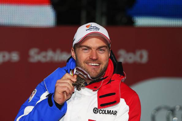 Na tréningu tragicky zahynul jeden z najlepších lyžiarov a blízky človek Velez-Zuzulovej