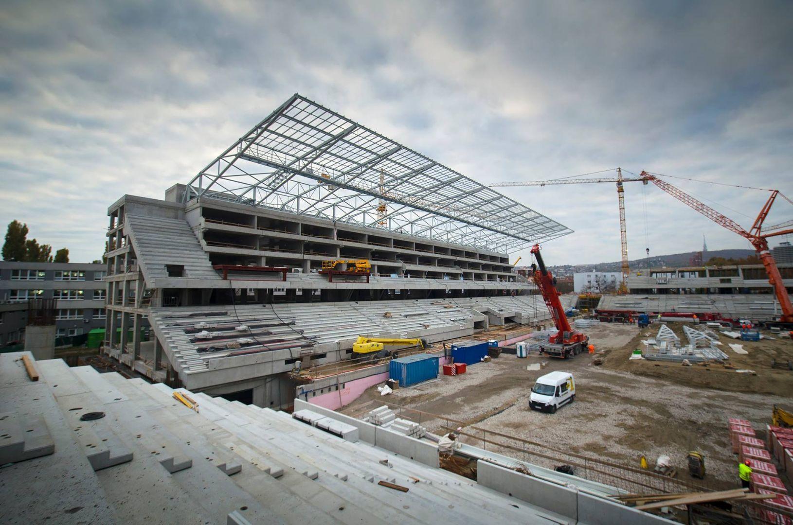 Po rokoch temna rastie národný futbalový štadión neuveriteľným tempom