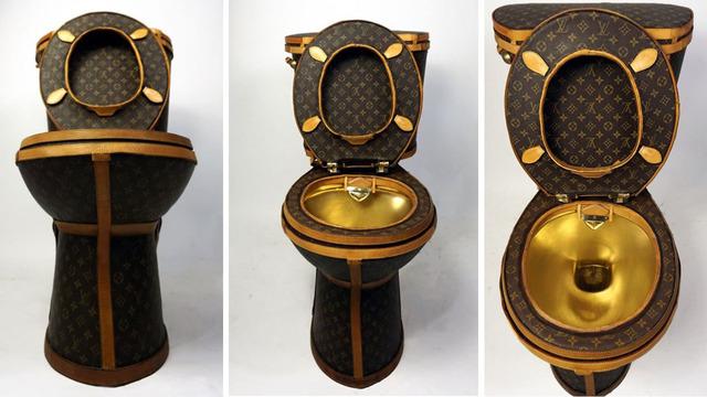 """Záchod za 100 000? Konečne môžete mať doma """"kráľovský trón"""""""