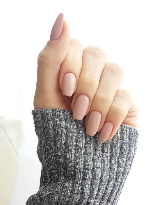 Zlepšenie nechtov vyžaduje čas – Viete, ktoré vitamíny treba doplniť ?