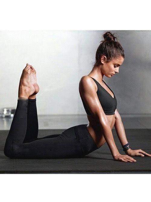 Cviky z jógy, ktoré vám zaručene pomôžu lepšie zaspať