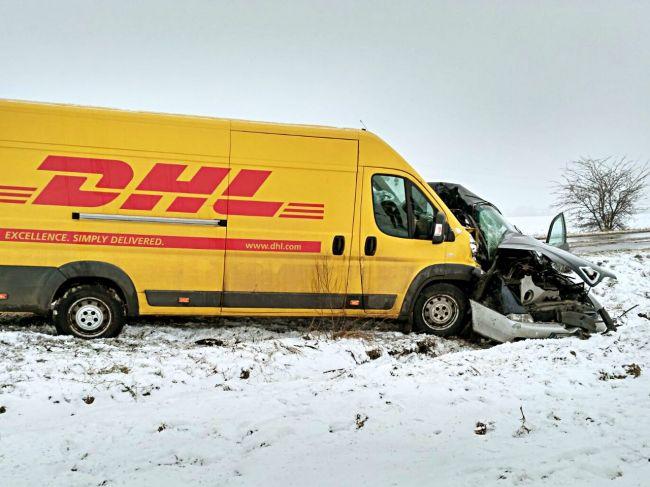 Pri tragickej nehode vyhasol mladý život vodičky, pri zrážke s kuriérom nemala šancu prežiť