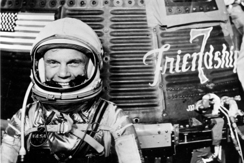 Historický kalendár: Prvý Američan vo vesmíre či štart vesmírnej stanice Mir. Čím je slávny 20. február?