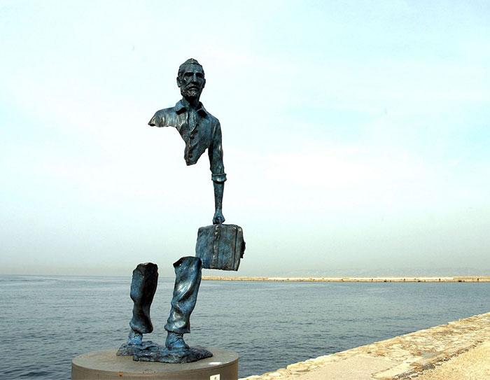 Najkrajšie sochy sveta, ktoré sa vzpierajú gravitácií, vás prinútia sa nad nimi zamyslieť