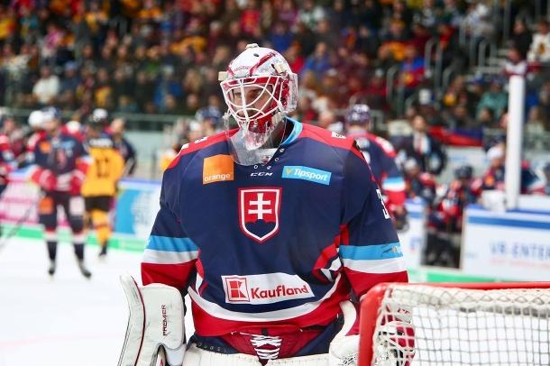 Mladý slovenský brankár Rybár podpísal zmluvu s mužstvom NHL