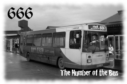 Poľská cirkev sa búri, autobus číslo 666 vozí ľudí do mestečka Hel
