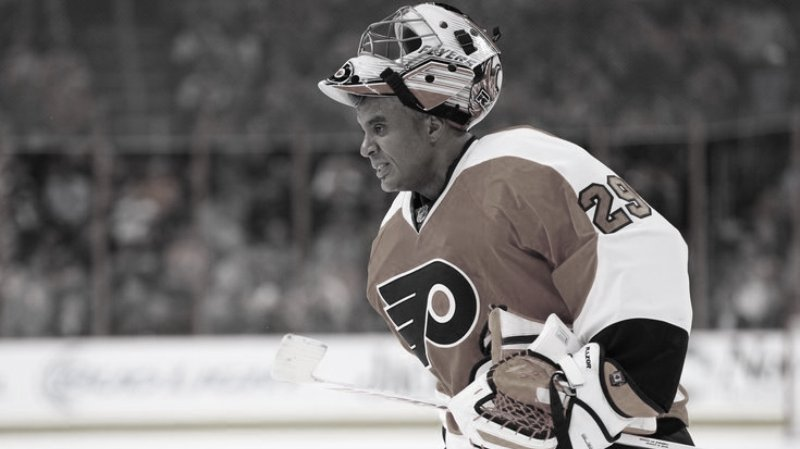 Hokejový svet smúti, zomrel známy brankár NHL