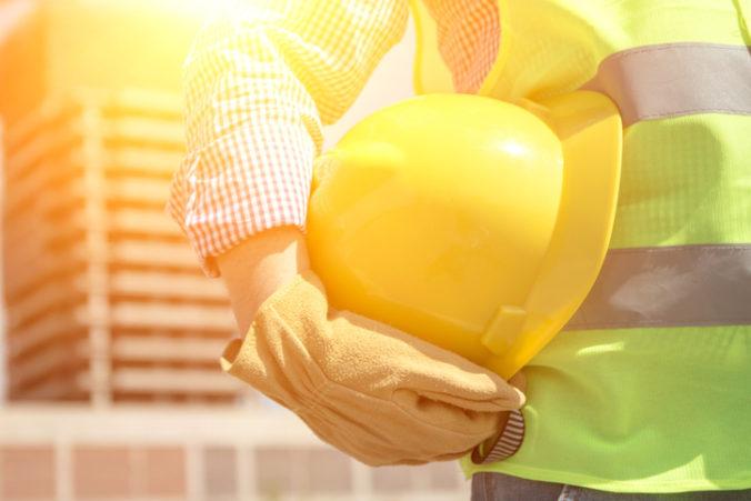 Zamestnávateľ má počas horúcich letných dní vytvoriť dobré podmienky na pracovisku