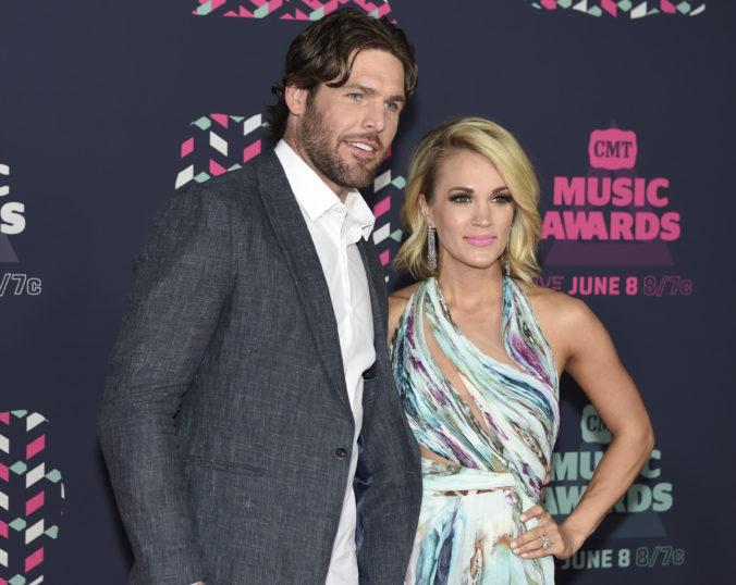 Video: Speváčke Carrie Underwood sa splnil sen, s manželom sa tešia na nového potomka