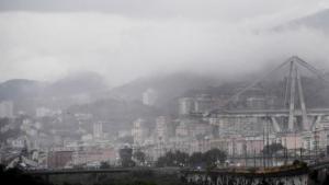 Tragédia v Janove: zrútil sa obrovský diaľničný most plný áut, hlásia množstvo mŕtvych