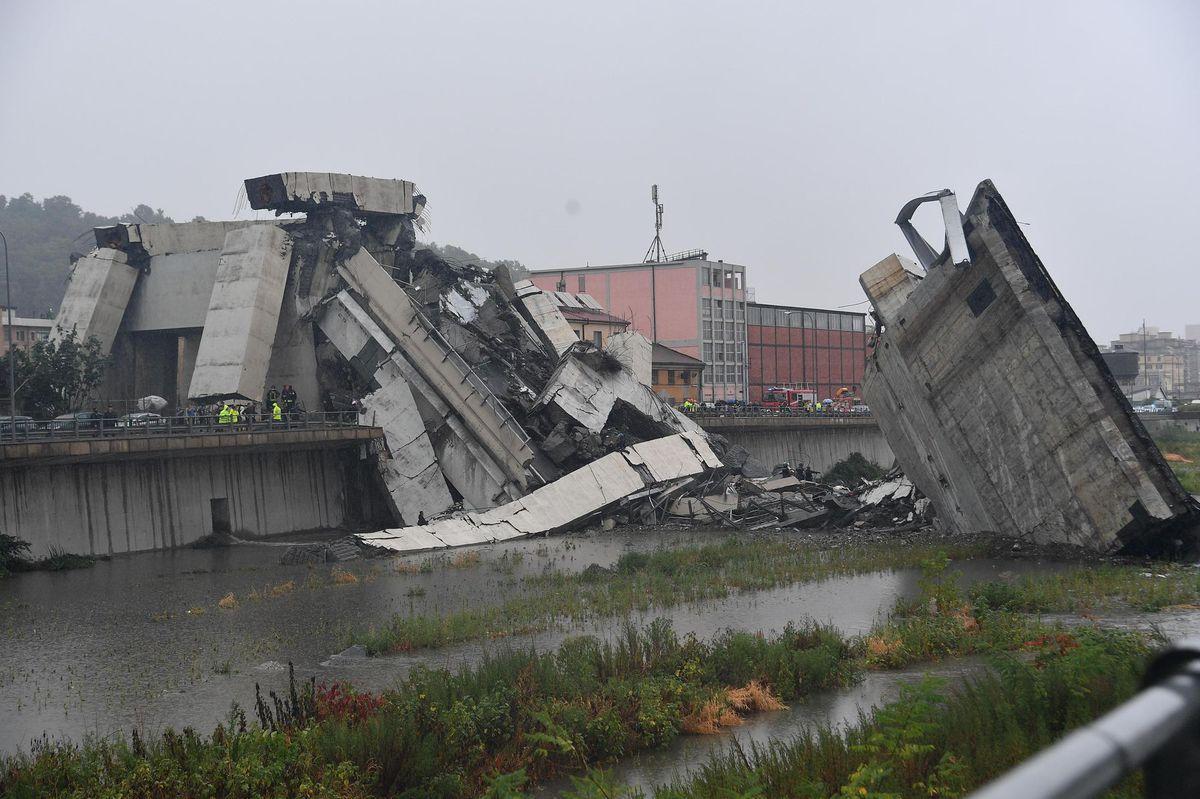 Prežili pád mosta v Janove, teraz opisujú situáciu