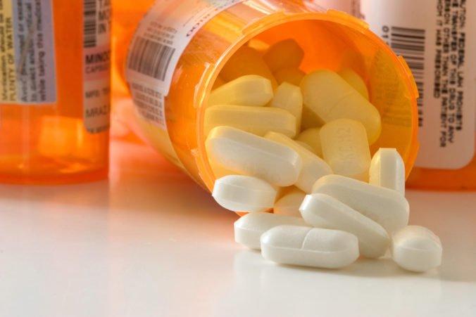 Pozor na neregistrované lieky z internetových lekární, podľa kontrolórov sa nedá zaručiť ich kvalita
