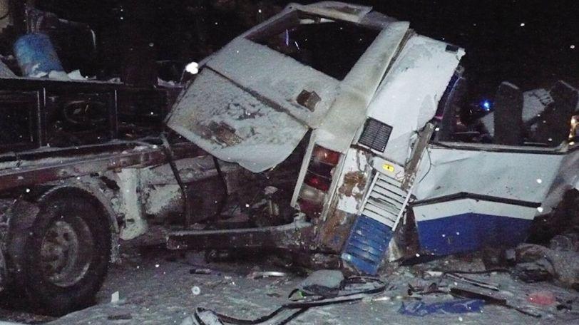 Veľká tragédia, autobus plný mladých futbalistov sa zrútil do priepasti