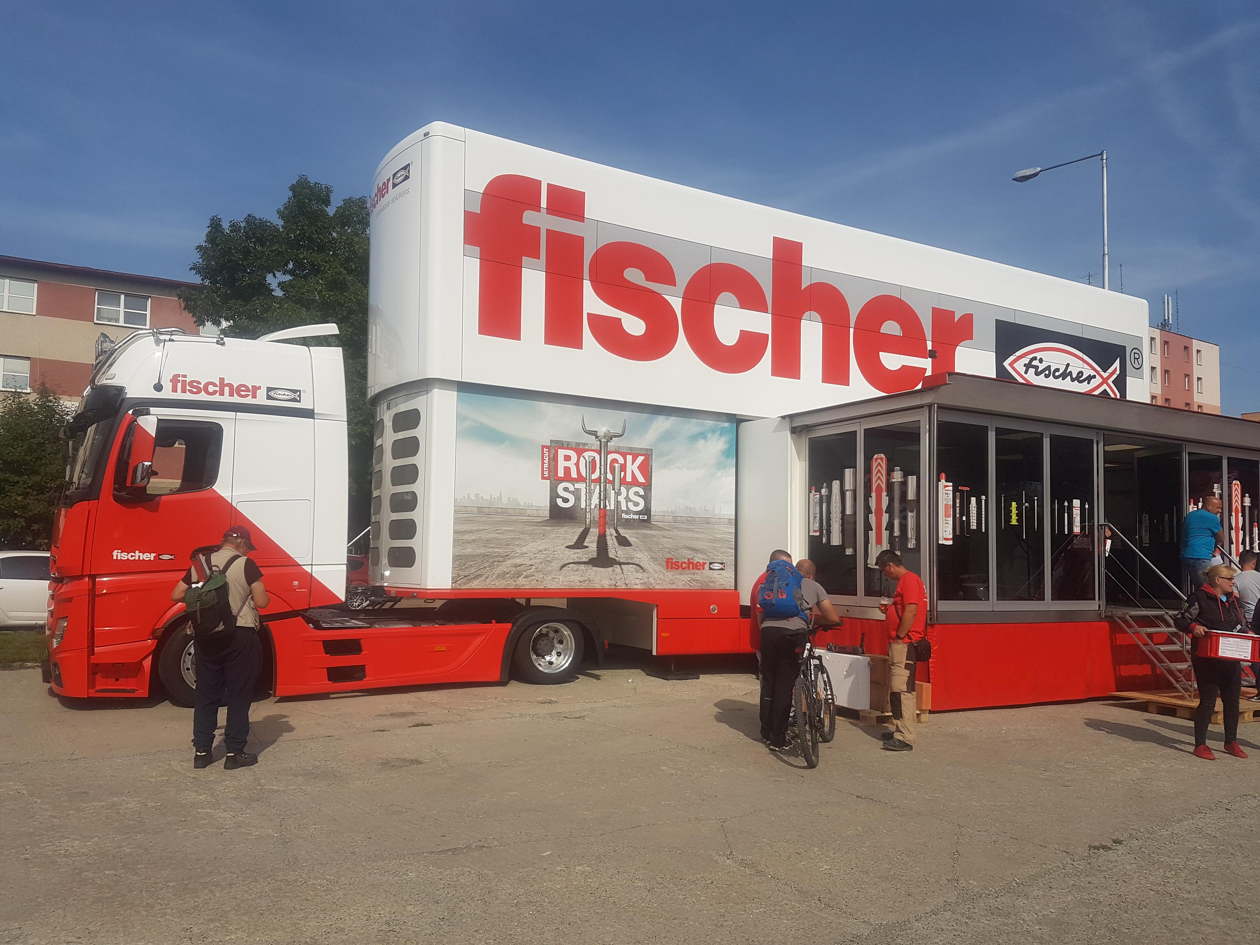 Fischer Tour Truck lámal v Poprade rekordy návštevnosti aj vďaka dobrým úmyslom
