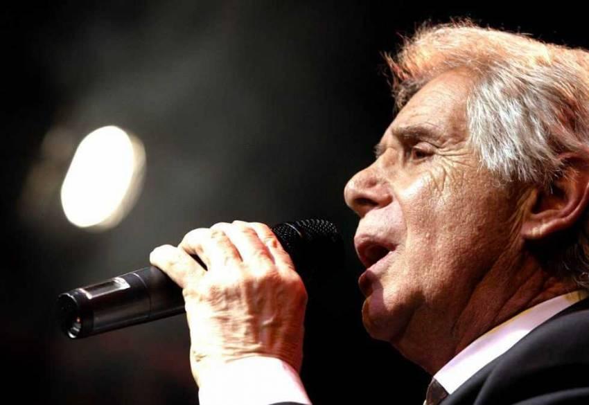 Smutná správa z Česka, spevákovi Josefovi Lauferovi zlyhalo srdce