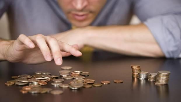 4 jednoduché a praktické tipy, ako sa rýchlo zbaviť dlhov