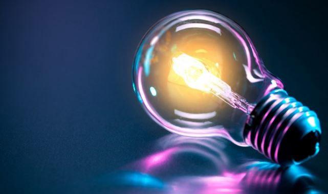 Jednoduché tipy, ako ušetriť na spotrebe elektrickej energie